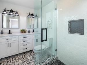 Marr Quality Homes - Bathroom